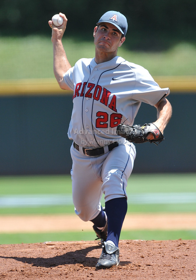 4th June 2010:  <br /> Arizona Pitcher Kurt Heyer #26 on the mound <br /> at the 2010 College World Series Fort Worth Regional game<br /> between the Baylor Bears and the Arizona Wildcats at Lupton Stadium in Fort Worth, Texas.<br /> Arizona wins 5-3