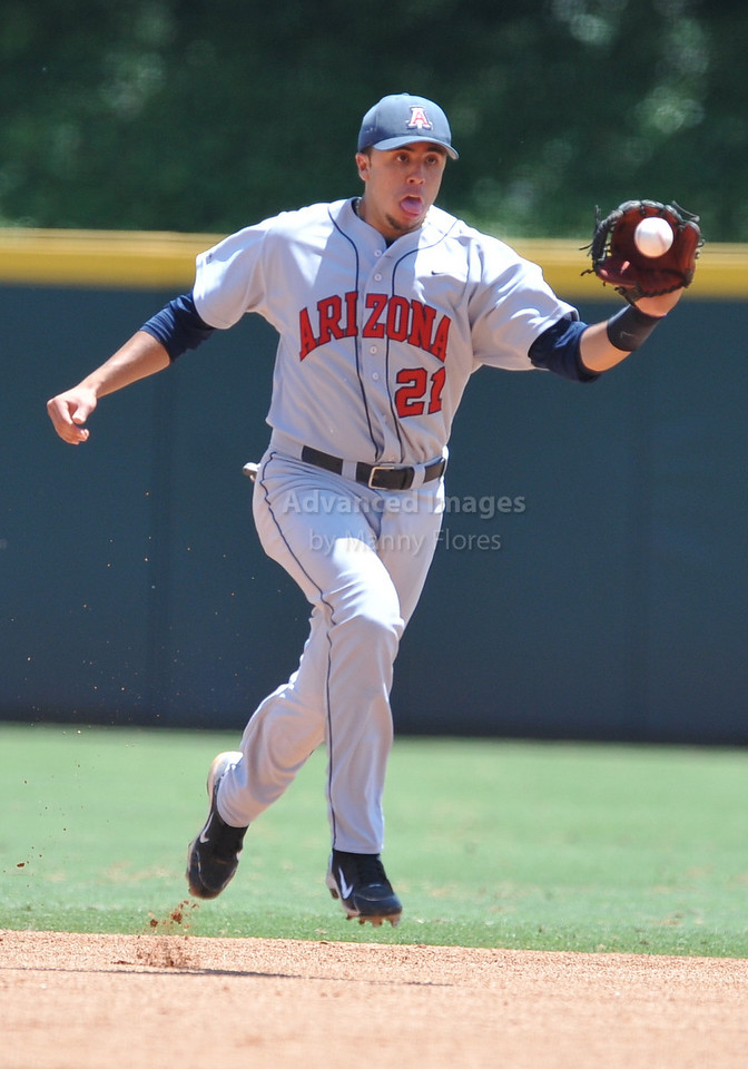 4th June 2010:  <br /> Arizona 2nd Base Rafael Valenzuela #21 gets a high chopper for an out at the 2010 College World Series Fort Worth Regional game<br /> between the Baylor Bears and the Arizona Wildcats at Lupton Stadium in Fort Worth, Texas.<br /> Arizona wins 5-3