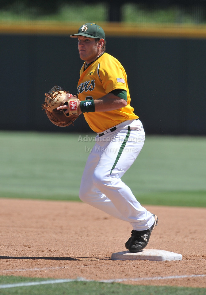 5th June 2010:  <br /> Baylor 1st Baseman Max Muncy #9 gets a one hop out<br /> at the 2010 NCAA Fort Worth Regional game between the Baylor Bears and the Lamar Cardinals at Lupton Stadium in Fort Worth, Texas.<br /> Baylor wins 6-4