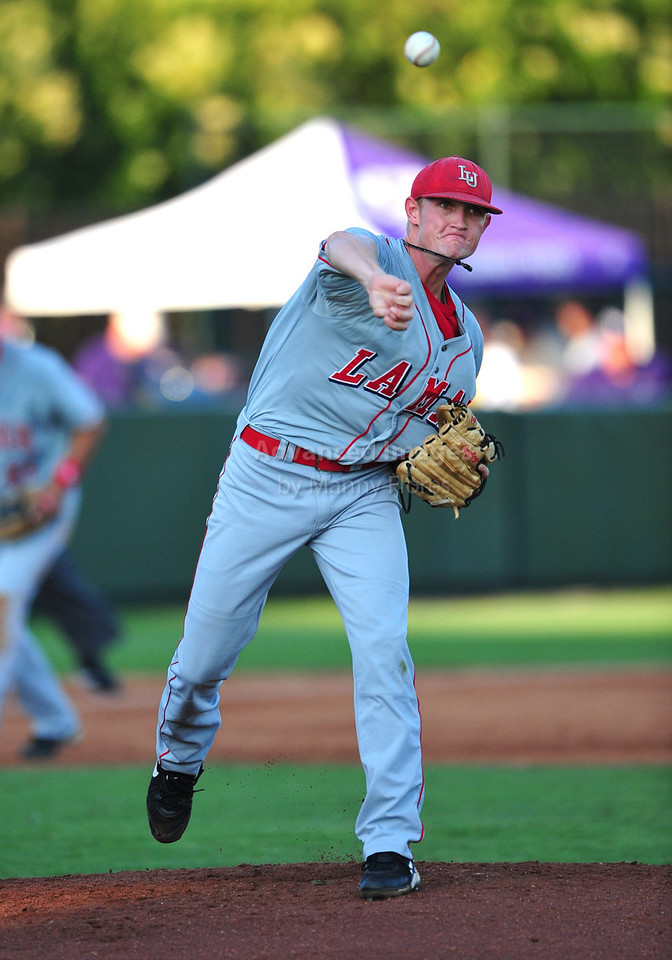 4th June 2010:  <br /> Lamar RHP Matison Smith #40 throws to first base<br /> at the 2010 College World Series Fort Worth Regional game<br /> between the TCU Horned Frogs and the Lamar Cardinals at Lupton Stadium in Fort Worth, Texas.<br /> TCU wins 16-3