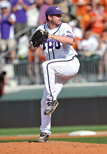 June 13 2010:   42 Tyler Lockwoood RHP of TCU pitches in middle relief to get the save as Texas and TCU met for game 3 on Saturday at the 2010 NCAA Super Regionals at UFCU Disch-Falk Field in Austin Texas. TCU advances to the College World Series winning 4-1. (Credit Image: © Manny Flores/Cal Sport Media)