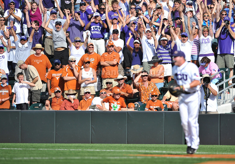 June 13 2010:  <br /> TCU fan cheer as TCU gets the win as TCU and Texas met for game 3 on Saturday at the 2010 NCAA Super Regionals at UFCU Disch-Falk Field in Austin Texas.<br /> TCU advances to the College World Series winning 4-1.<br /> (Credit Image: © Manny Flores/Cal Sport Media)