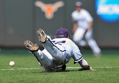 June 13 2010:   12 Taylor Featherston lNF of TCU dives for a hard hit ground ball as Texas and TCU met for game 3 on Saturday at the 2010 NCAA Super Regionals at UFCU Disch-Falk Field in Austin Texas. TCU advances to the College World Series winning 4-1. (Credit Image: © Manny Flores/Cal Sport Media)
