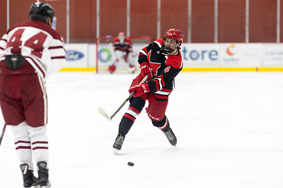 Playing in front of a packed Maryville Hockey Center in the first game of the 2021-22 ACHA season, the Maryville Saints handled the Alabama Crimson Tide 10—0.