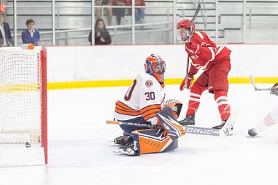 Maryville Saints hockey defeated the Illinois Fighting Illini 5–4 in overtime on Saturday, September 18th, 2021
