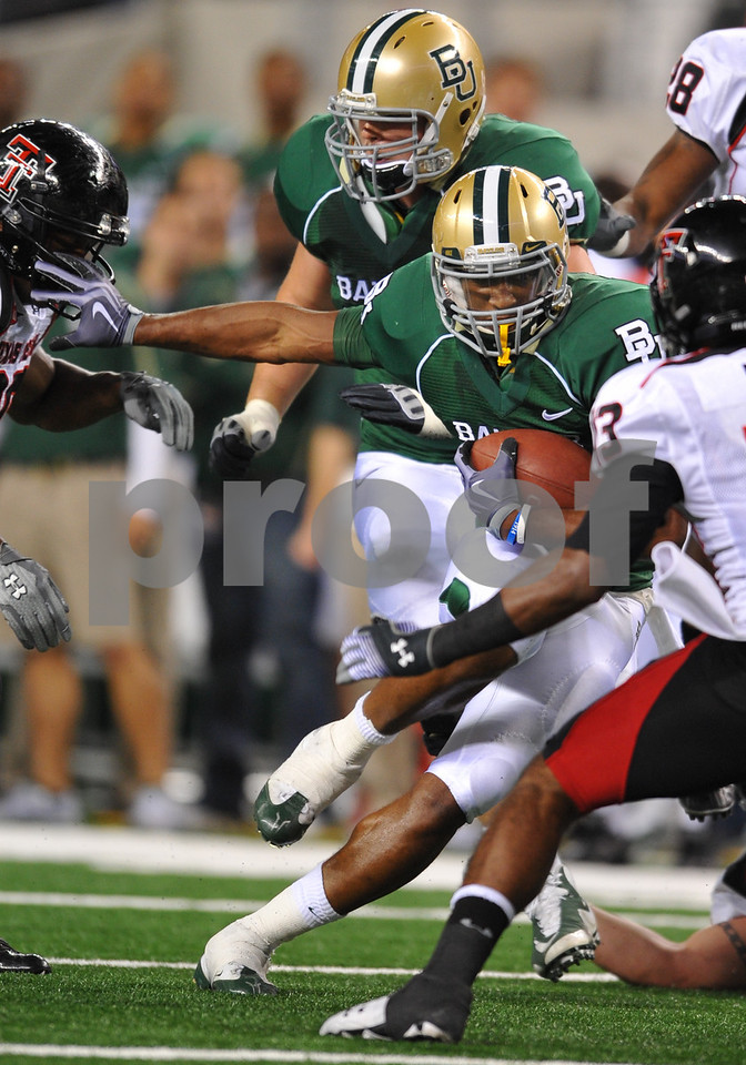 November 28th, 2009:  <br /> Baylor running back Jay Finley #32 in action during a NCAA Football game between the Baylor Bears and theTexas Tech Red Raiders at Cowboy Stadium in Arlington, TX.  <br /> Texas Tech wins 20-13.