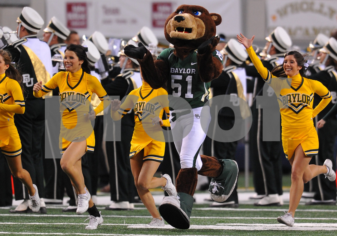 November 28th, 2009:  <br /> Baylor Cheerleaders in action during a NCAA Football game between the Baylor Bears and theTexas Tech Red Raiders at Cowboy Stadium in Arlington, TX.  <br /> Texas Tech wins 20-13.