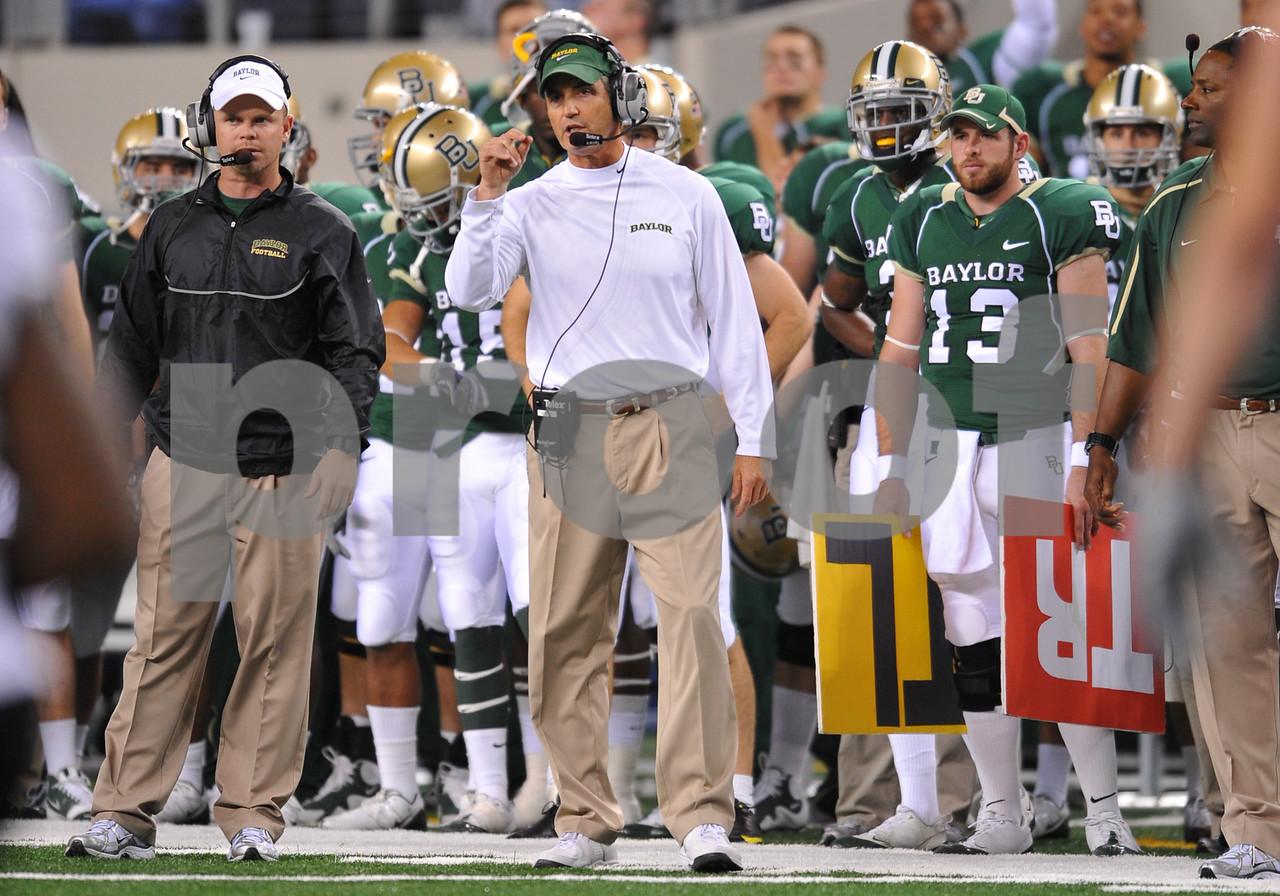 November 28th, 2009:  <br /> Baylor Bears Head Coach Art Briles in action during a NCAA Football game between the Baylor Bears and theTexas Tech Red Raiders at Cowboy Stadium in Arlington, TX.  <br /> Texas Tech wins 20-13.