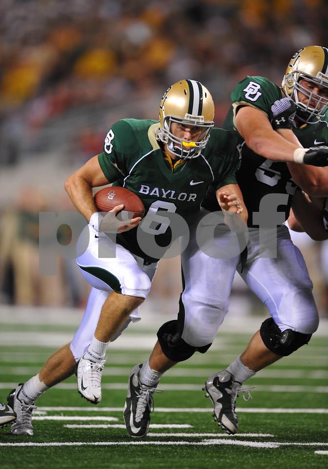 November 28th, 2009:  <br /> Baylor quarterback Blake Szymanski #6 in action during a NCAA Football game between the Baylor Bears and theTexas Tech Red Raiders at Cowboy Stadium in Arlington, TX.  <br /> Texas Tech wins 20-13.