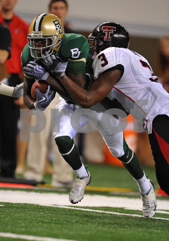 November 28th, 2009:  <br /> Baylor wide receiver Kendall Wright #1 in action during a NCAA Football game between the Baylor Bears and theTexas Tech Red Raiders at Cowboy Stadium in Arlington, TX.  <br /> Texas Tech wins 20-13.