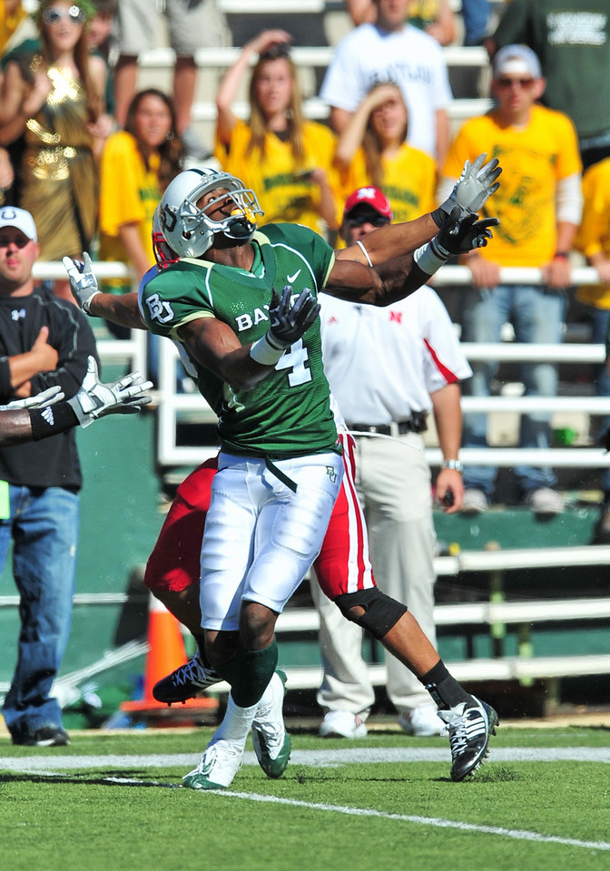 October 31st, 2009:  <br /> Baylor wide receiver David Gettis #4<br /> in action during a NCAA Football game between the Nebraska Cornhuskers and Baylor Bears at Floyd Casey  Stadium in Waco, TX.  <br /> Nebraska wins 20-10.