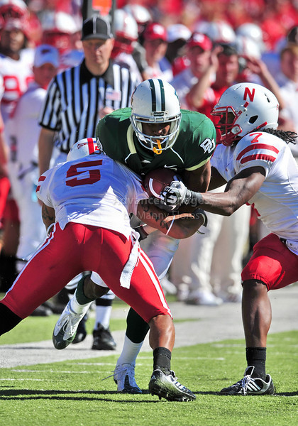 October 31st, 2009:  <br /> Baylor wide receiver David Gettis #4 & Nebraska cornerback Anthony West #5 in action during a NCAA Football game between the Nebraska Cornhuskers and Baylor Bears at Floyd Casey  Stadium in Waco, TX.  <br /> Nebraska wins 20-10.
