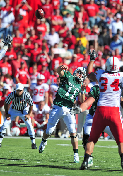 October 31st, 2009:  <br /> Baylor quarterback Nick Florence #11 in action during a NCAA Football game between the Nebraska Cornhuskers and Baylor Bears at Floyd Casey  Stadium in Waco, TX.  Nebraska wins 20-10.