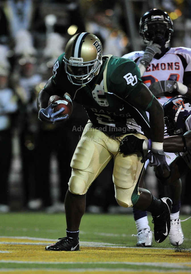 September 26th 2009:  <br /> Baylor running back Terrance Ganaway #24<br /> in action during a NCAA Football game between the Baylor Bears and the Northwestern State Demons at Floyd Casey  Stadium in Waco, TX.  <br /> Baylor wins 68-13