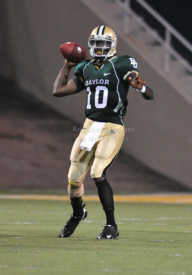 September 26th 2009:  <br /> Baylor quarterback Robert Griffin III #10<br /> in action during a NCAA Football game between the Baylor Bears and the Northwestern State Demons at Floyd Casey  Stadium in Waco, TX.  <br /> Baylor wins 68-13