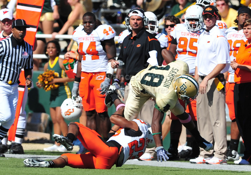 October 24th, 2009:  <br /> Baylor wide receiver Lanear Sampson #18<br /> in action during a NCAA Football game between the Oklahoma State Cowboys and Baylor Bears at Floyd Casey  Stadium in Waco, TX.  <br /> Oklahoma State wins 34-7.