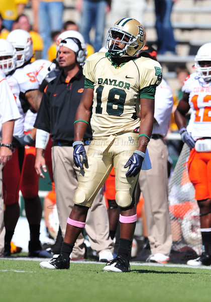 October 24th, 2009:  <br /> Baylor's Lanear Sampson #18<br /> in action during a NCAA Football game between the Oklahoma State Cowboys and Baylor Bears at Floyd Casey  Stadium in Waco, TX.  <br /> Oklahoma State wins 34-7.