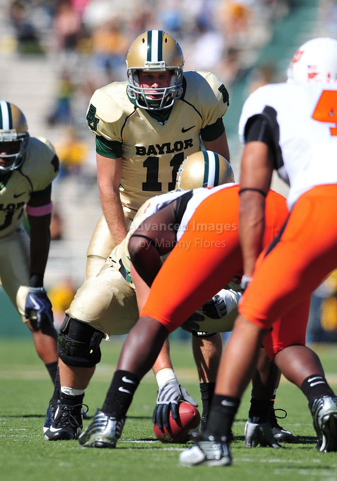 October 24th, 2009:  <br /> Baylor quarterback Nick Florence #11 in action during a NCAA Football game between the Oklahoma State Cowboys and Baylor Bears at Floyd Casey  Stadium in Waco, TX.  <br /> Oklahoma State wins 34-7.
