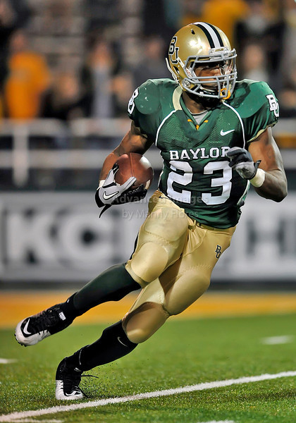 20 Nov 2010:  <br /> Baylor Bears running back Jay Finley #23 carries the ball<br /> of their NCAA football game between the Oklahoma Sooners and the Baylor Bears at Floyd Casey Stadium in Waco, Texas.<br /> Oklahoma wins 53-24.