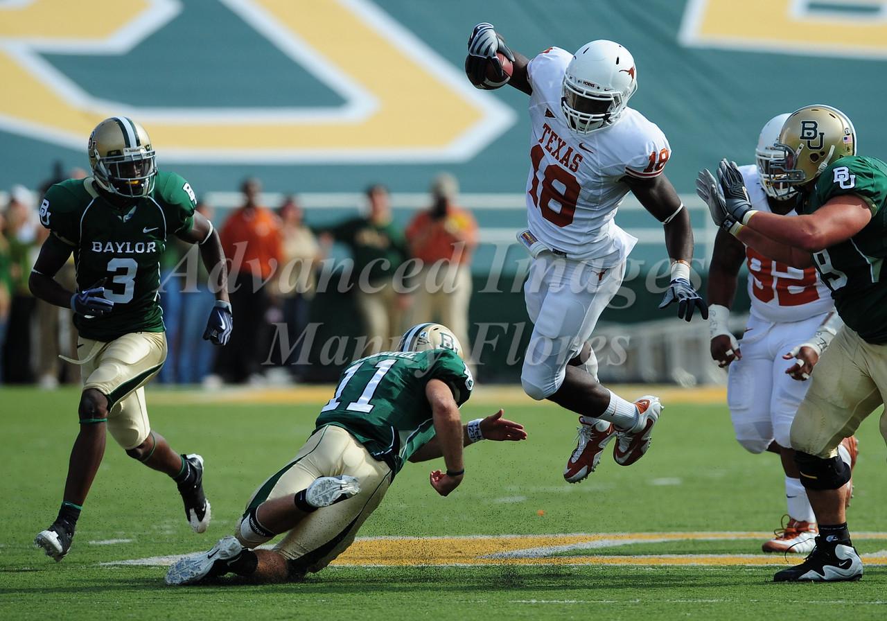 November 14th, 2009:  <br /> Texas linebacker Emmanuel Acho #18 gets an interception during a NCAA Football game between the Baylor Bears and theTexas Longhorns at Floyd Casey  Stadium in Waco, TX.  <br /> Texas wins 47-14.