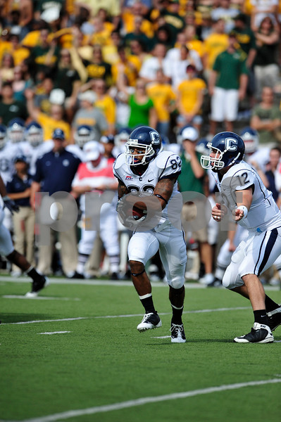 September 19th 2009:  <br /> Connecticut wide receiver Kashif Moore (82)<br /> in action during a NCAA Football game between the Baylor Bears and the University of Connecticut at Floyd Casey  Stadium in Waco, TX.  <br /> Baylor loses to UConn 30-22