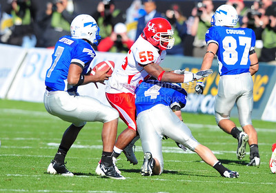 December 31, 2008:   Air Force WR Kyle Halderman #4 & Houston linebacker Marcus McGraw #55 in action during the NCAA Football game between the Houston Cougars and the Air Force Falcons at the Bell Helicopter Armed Forces Bowl in Ft. Worth, TX.  Houston defeated Air Force 34-28. Manny Flores/CSM