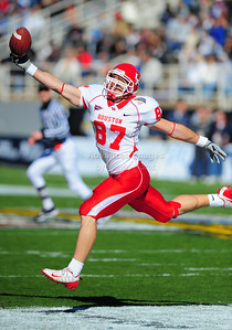 December 31, 2008:   Houston tight end Mark Hafner #87 in action during the NCAA Football game between the Houston Cougars and the Air Force Falcons at the Bell Helicopter Armed Forces Bowl in Ft. Worth, TX.  Houston defeated Air Force 34-28. Manny Flores/CSM