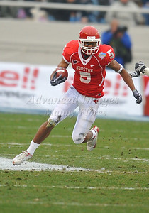 December 31st  2009:   Houston running back Charles Sims #5 in action during the Armed Forces Bowl NCAA Football game between the Air Force Falcons and the Houston Cougars at Amon G. Carter Stadium in Ft. Worth, TX.   Air Force wins 47-20