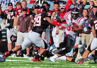 02 January 2009:   Mississippi running back Brandon Bolden (34) in action during the NCAA Cotton Bowl game between the Ole Miss Rebels and the Texas Tech Red Raiders in Dallas,TX.   Ole Miss beat Texas Tech 47-34. Manny Flores/Icon SMI