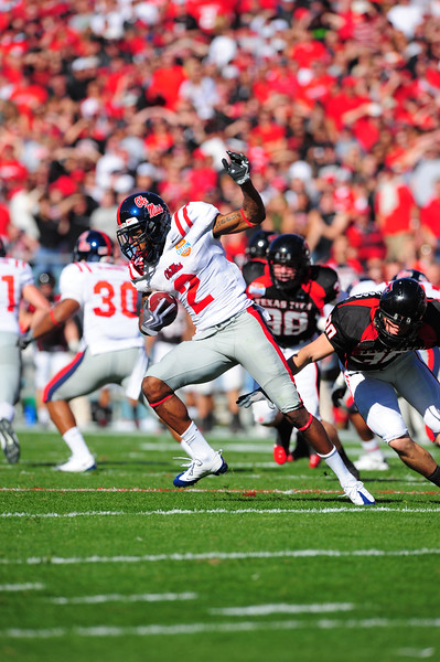 02 January 2009:  <br /> Mississippi wide receiver Mike Wallace (2)<br /> in action during the NCAA Cotton Bowl game between the Ole Miss Rebels and the Texas Tech Red Raiders in Dallas,TX.  Ole Miss beat Texas Tech 47-34.<br /> Manny Flores/Icon SMI