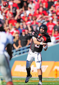 02 January 2009:   Texas Tech quarterback Graham Harrell (6) in action during the NCAA Cotton Bowl game between the Ole Miss Rebels and the Texas Tech Red Raiders in Dallas,TX.  Ole Miss beat Texas Tech 47-34. Manny Flores/Icon SMI