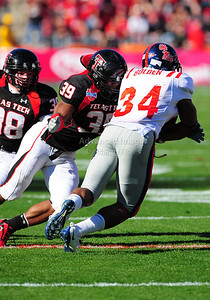 02 January 2009:   Texas Tech linebacker Marlon Williams (39) in action during the NCAA Cotton Bowl game between the Ole Miss Rebels and the Texas Tech Red Raiders in Dallas,TX.  Ole Miss beat Texas Tech 47-34. Manny Flores/Icon SMI