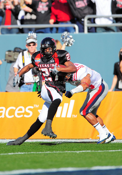 02 January 2009:  <br /> Texas Tech wide receiver Edward Britton (27) in action during the NCAA Cotton Bowl game between the Ole Miss Rebels and the Texas Tech Red Raiders in Dallas,TX.  Ole Miss beat Texas Tech 47-34.<br /> Manny Flores/Icon SMI