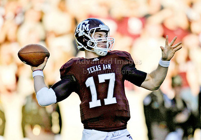 OCT 30 2010:   Texas A&M Aggies quarterback Ryan Tannehill #17 drops back and passes the ball in a game between Texas Tech Red Raiders and Texas A&M Aggies at Kyle Field Stadium in College Station, Texas.  Aggies win 45-27. (Credit Image: © Manny Flores/Cal Sport Media)