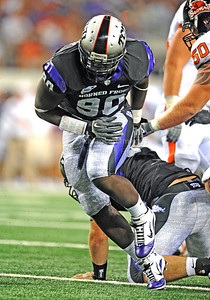 Sept 4 2010:   TCU Horned Frogs defensive end Stansly Maponga #90 rushes the QB in a game between Oregon State Beavers vs Texas Christian University Frogs at Cowboys Stadium in Arlington, Texas. TCU wins 30-21 (Credit Image: © Manny Flores/Cal Sport Media)