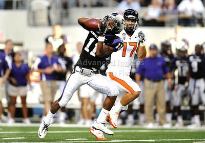 Sept 4 2010:   TCU Horned Frogs wide receiver Skye Dawson #11 catches the ball for a 1st down in a game between Oregon State Beavers vs Texas Christian University Frogs at Cowboys Stadium in Arlington, Texas. TCU wins 30-21 (Credit Image: © Manny Flores/Cal Sport Media)