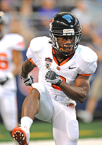 Sept 4 2010:   Oregon State Beavers wide receiver James Rodgers #8 celebrates after getting a touchdown in a game between Oregon State Beavers vs Texas Christian University Frogs at Cowboys Stadium in Arlington, Texas. TCU wins 30-21 (Credit Image: © Manny Flores/Cal Sport Media)