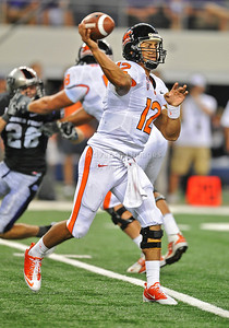 Sept 4 2010:   Oregon State Beavers quarterback Ryan Katz #12 in a game between Oregon State Beavers vs Texas Christian University Frogs at Cowboys Stadium in Arlington, Texas. TCU wins 30-21 (Credit Image: © Manny Flores/Cal Sport Media)