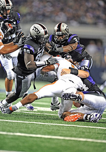 Sept 4 2010:   Oregon State Beavers running back Jacquizz Rodgers #1 has no where to run against TCU Horned Frogs defensive end Stansly Maponga #90 and TCU Horned Frogs safety Tejay Johnson #3 in a game between Oregon State Beavers vs Texas Christian University Frogs at Cowboys Stadium in Arlington, Texas. TCU wins 30-21 (Credit Image: © Manny Flores/Cal Sport Media)