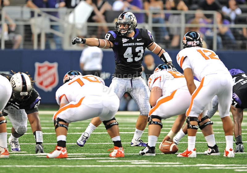 Sept 4 2010:  <br /> TCU Horned Frogs linebacker Tank Carder #43 calls plays<br /> in a game between Oregon State Beavers vs Texas Christian University Frogs at Cowboys Stadium in Arlington, Texas.<br /> TCU wins 30-21<br /> (Credit Image: © Manny Flores/Cal Sport Media)