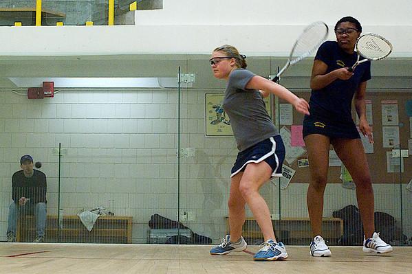 Shara Robertson (gray) and Shanita Williams (blue)