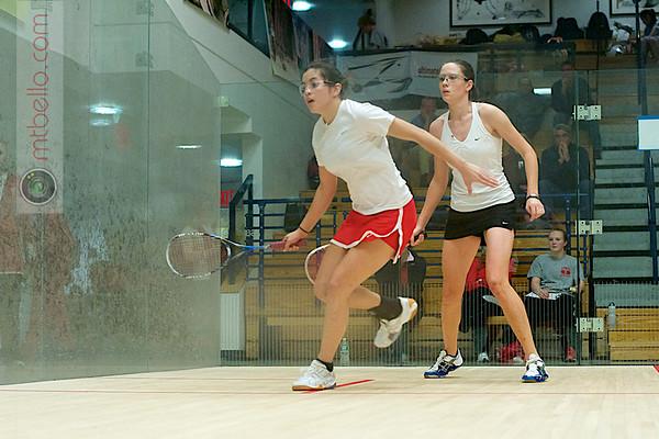 Jessenia Pacheco (Cornell) and Valeria Wiens (Dartmouth)