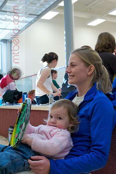 Elena Laird (Middlebury) and a young squash fan