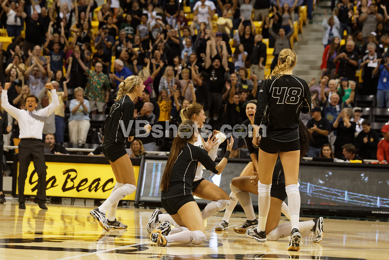 Long Beach celebrates with Brian Gimmillaro in the background