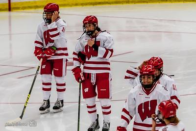 UW Sports - Women's Hockey - Dec 05, 2015