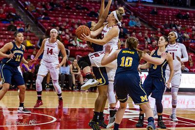 UW Sports - Women's Basketball - Jan 04, 2018