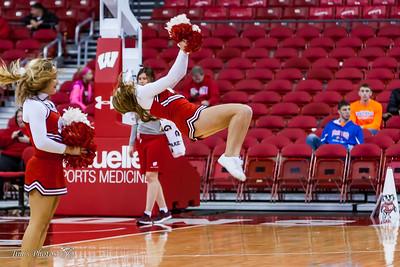 UW Sports - Badger Cheerleaders [d] Nov 08, 2017