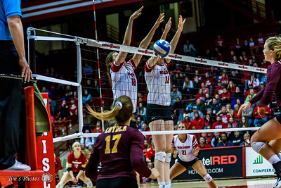 UW Sports - Volleyball - April 14, 2018