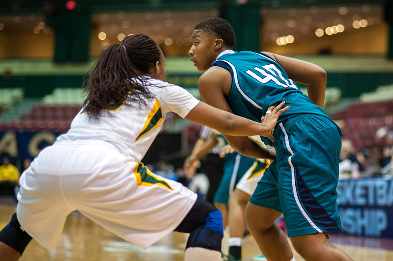 GM_vs_UNCW_Womens-17