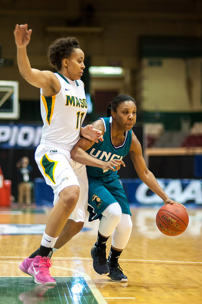 GM_vs_UNCW_Womens-8